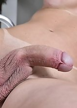 Grazi Cinturiinha's Huge Throbbing Love Stick will Please Your Tight Stink!