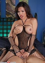 Beautiful TS Carmen Moore having oral with Gabrielle