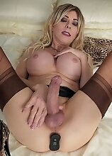 Joanna Jet - Tight Fit