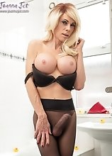 Joanna Jet - Bathroom Sheer